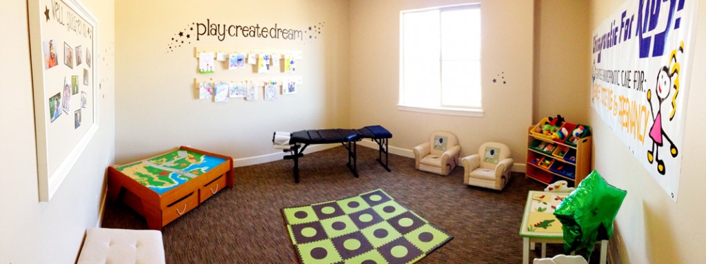 highland chiropractic pediatric room