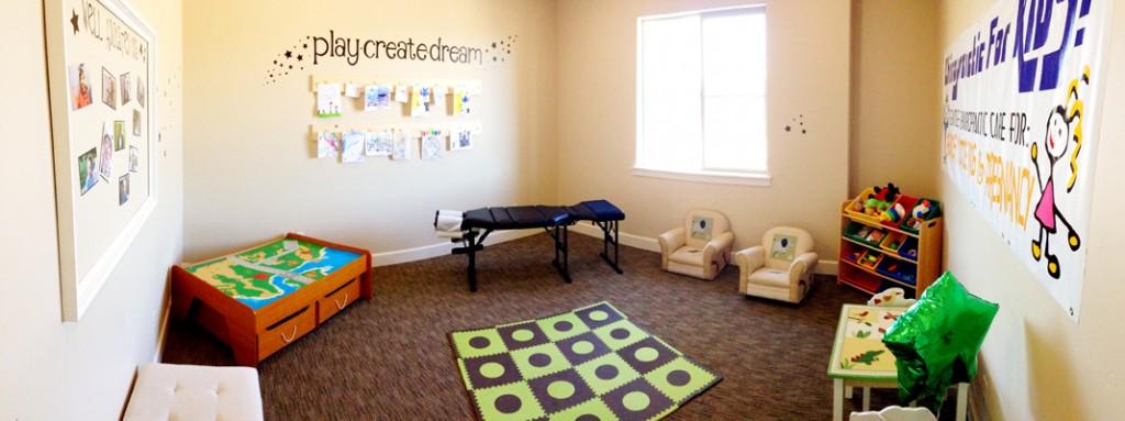 highland chiropractic pediatric room